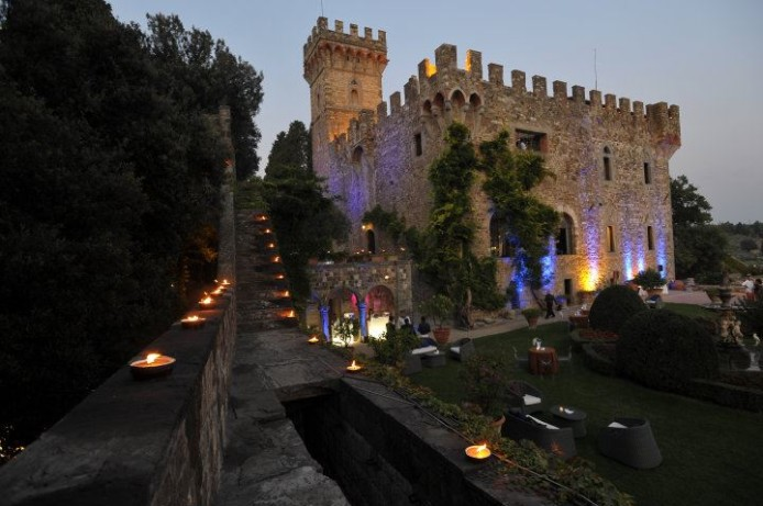 Wedding Castle In Tuscany
