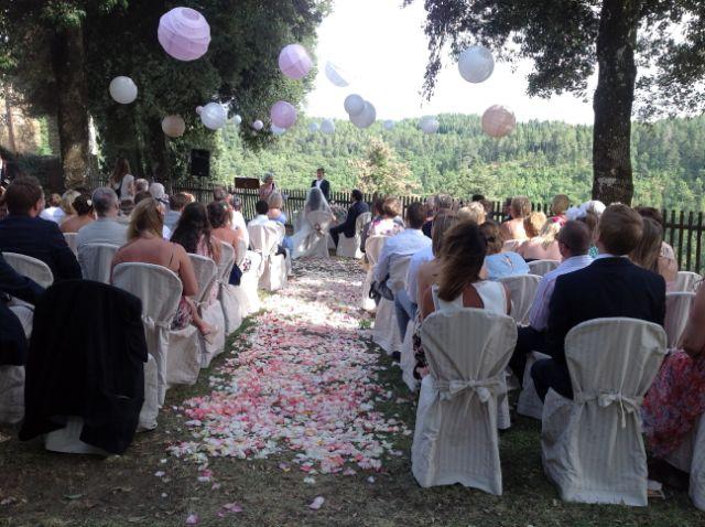 Matrimonio In Un Borgo Toscana : Un incantevole villaggio in toscana per matrimonio da sogno