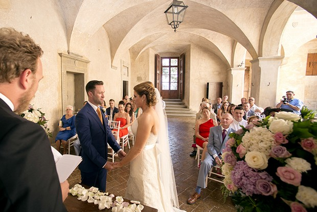 Couple-wedding in Tuscany