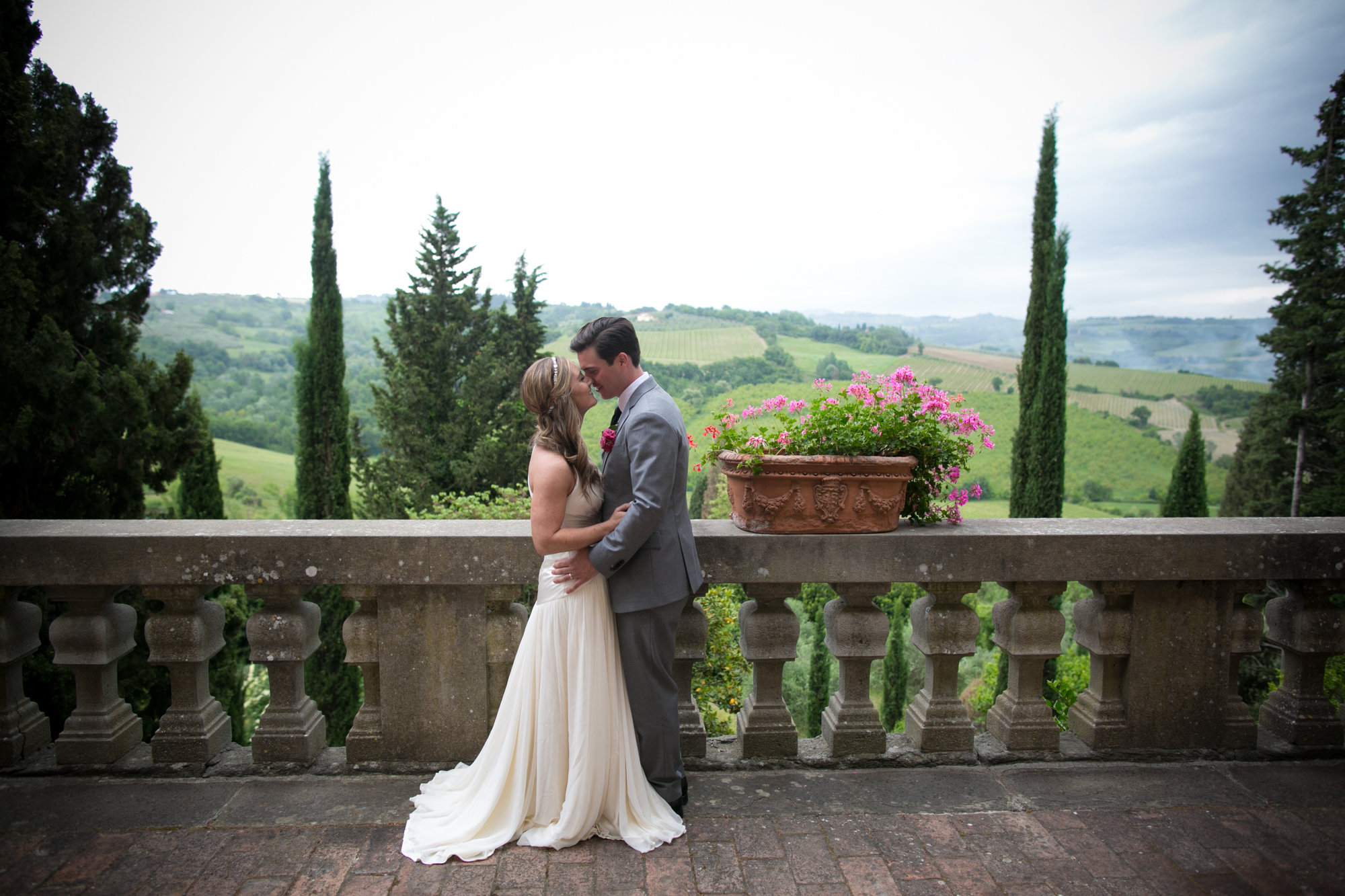 Civil weddings plan your civil wedding in the gorgeous tuscany civil weddings junglespirit Image collections