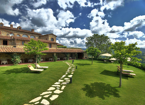 HOTEL FONTANELLE RESORT (Siena) hamlet for wedding